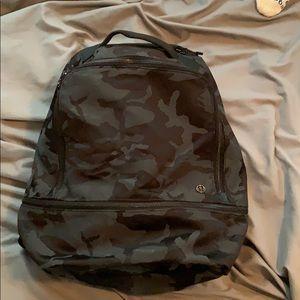 City Adventurer Backpack Camo